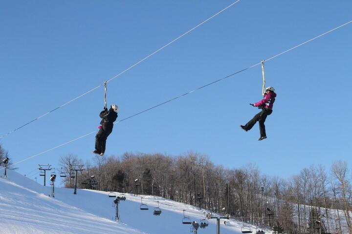 Winter zipline